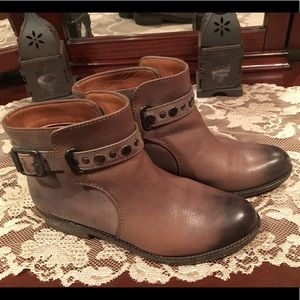 Booties- Lucky Brand, Size 6.